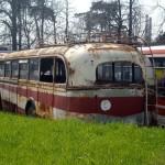Bočný pohľad na historický autobus Škoda 706 RO.