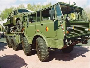 Tatra T813b