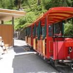 CH Riffealp hotel battery tram