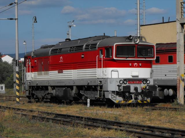 757 001 - 3