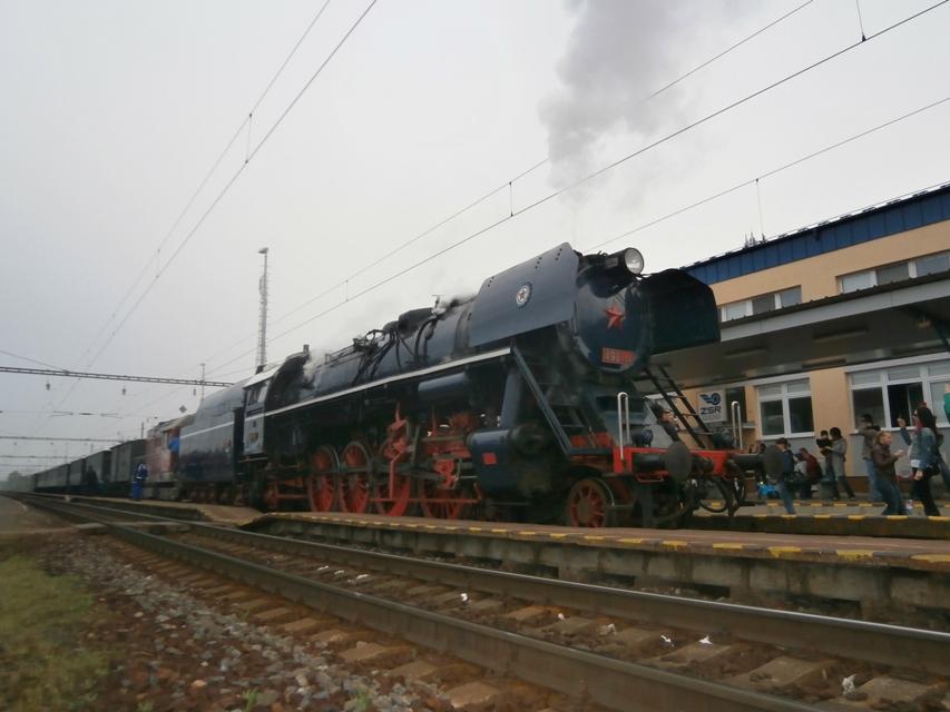 Mimoriadny parný vlak v ŽST Devínska Nová Ves