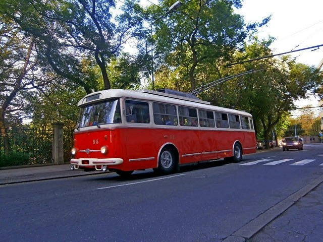 Škoda 9 Tr ≠53 pri zastávke Špitálska