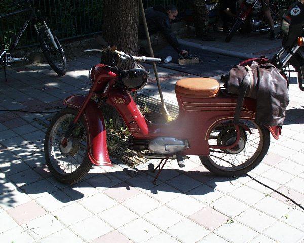 09 klasik 555, no s linkovanim z laminátoveho prototypu