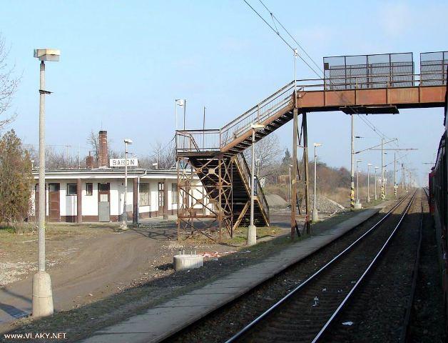 29 stanicna budova a nadchod, ktorz uz neexistuje