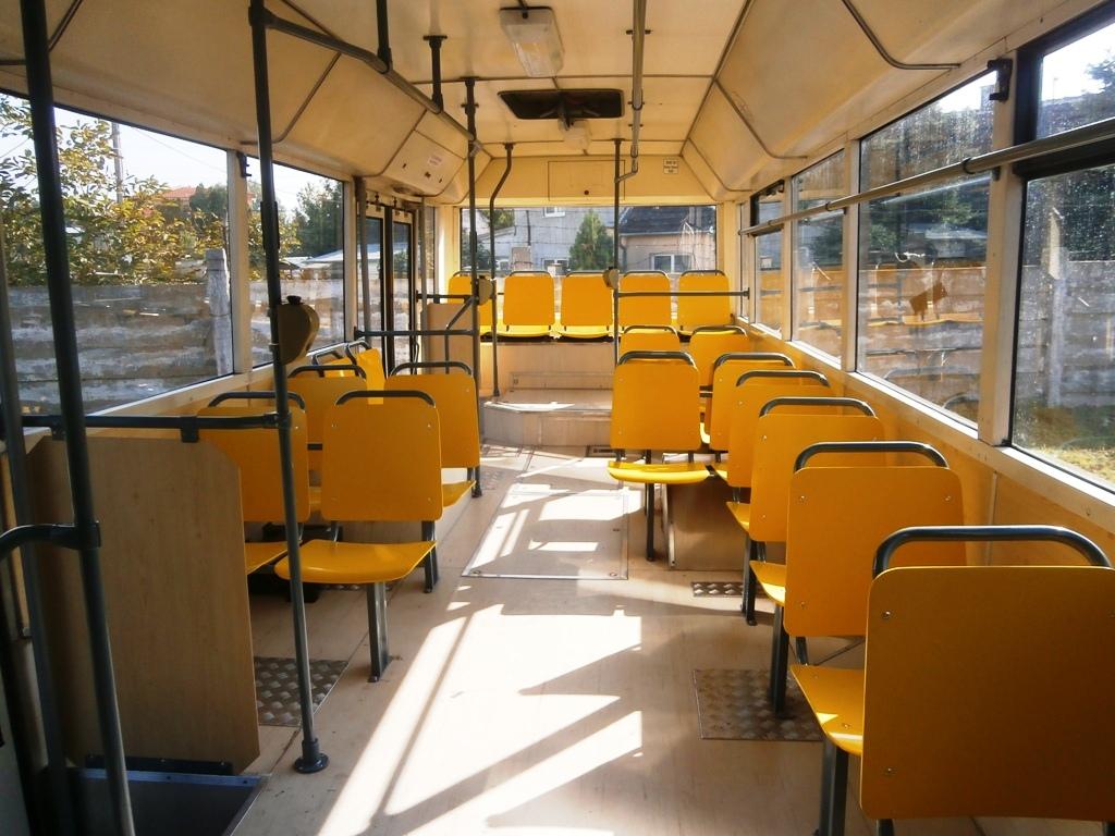 Zadná časť autobusu TAM 272 A 180 M
