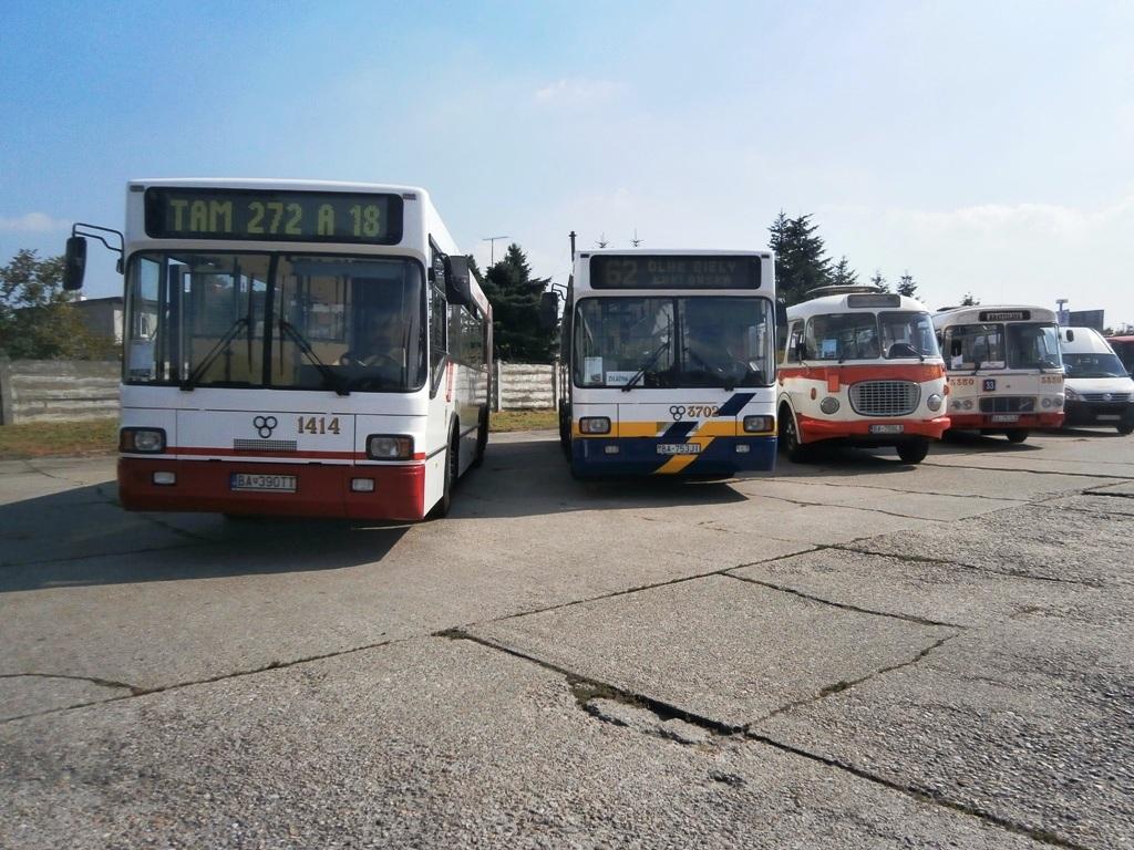 Výstava historických autobusov DPB
