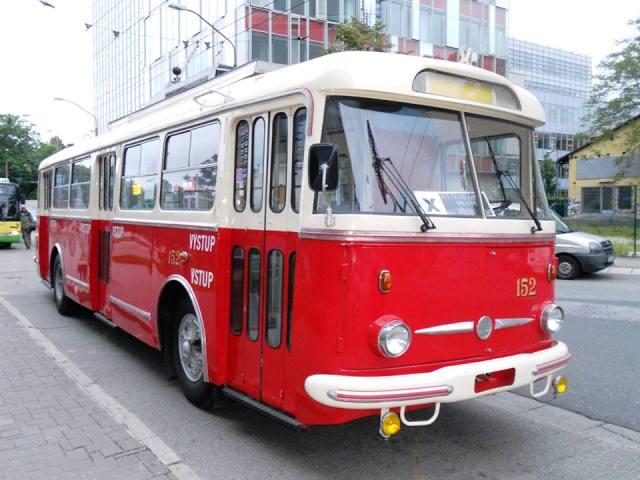 Skoda 9 Tr na Autobusovej stanici