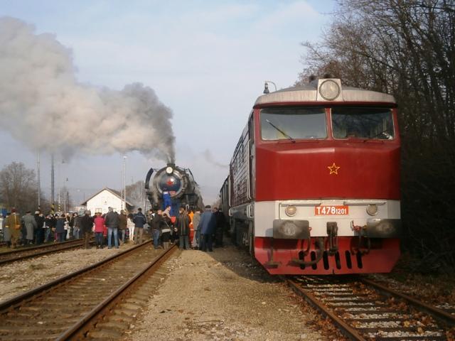 498.104 a T 478.1201 v stanici Myjava