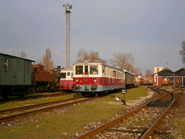 Odchod mimoriadného vlaku na Hlavnú stanicu