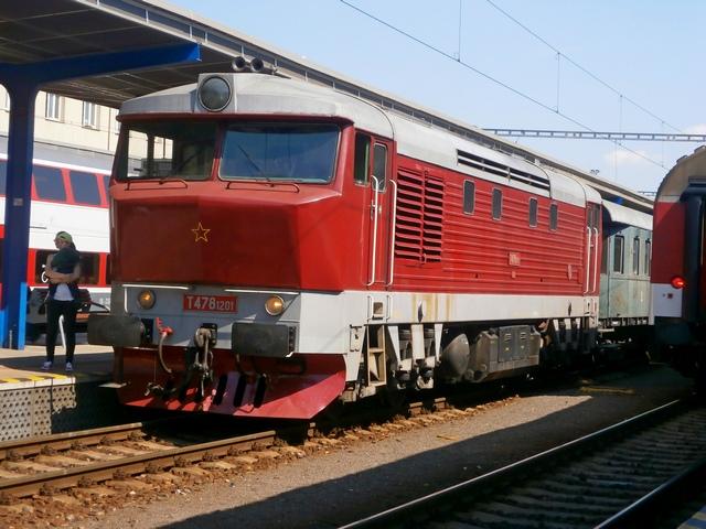 P5160680