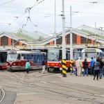 Dopravní podnik hl. m. Prahy pořádal v sobotu 21. září 2013 den otevřených dveří; tramvajová vozovna Strašnice.
