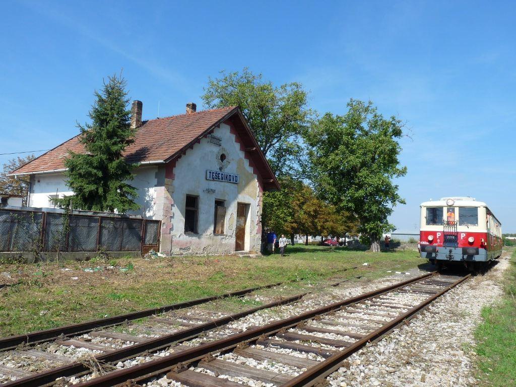 Pobyt historického motorového vlaku v Tešedíkove