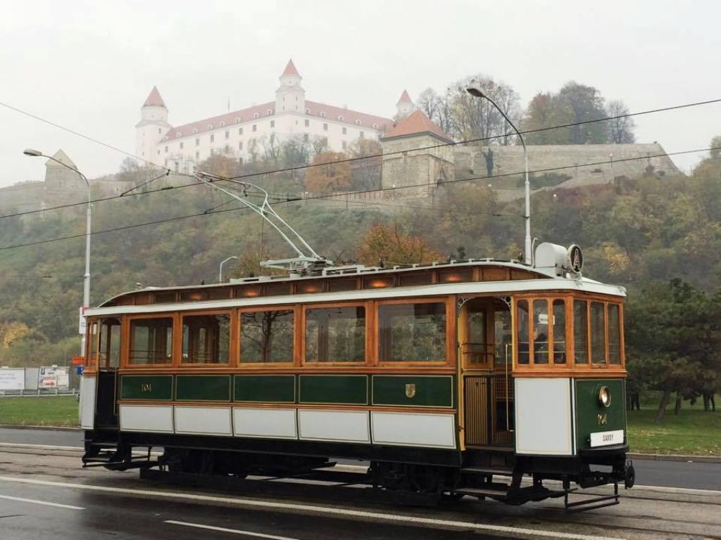 #104 pod bratislavským hradom
