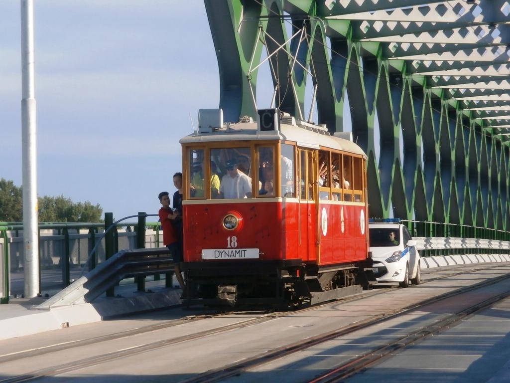 BMEŽ č. 18 z roku 1937 na novom Starom moste